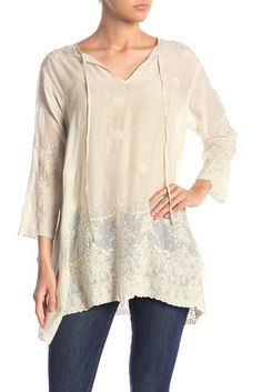 Johnny Was Clothing, Embroidered Tunic, Vintage Outfits, Vintage Clothing, Country Chic, Nordstrom Rack, Tunic Tops, Street Style, Boho