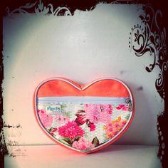 Cosmetiquera corazón menta coqueta