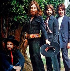 """The Beatles' Final, """"Painful"""" Photo Shoot: A Gallery of Bittersweet Images"""