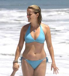 Hot! Take a look back at historical photos of Reese Witherspoon's stunning bikini body through the years