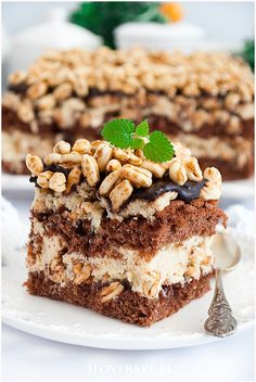 Ciasto kinder country - I Love Bake Tiramisu, Baking, Country, My Love, Ethnic Recipes, Food, Kitchens, Recipes, Kuchen