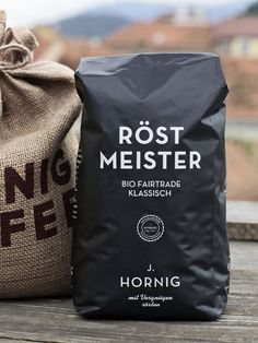 100 years, four generations. The latest change of management in the year 2012 was the ideal place and time to clothe the traditional coffee from Graz in a new, high-class packaging.