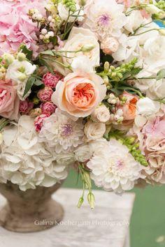 flowers.quenalbertini: Flower arrangement