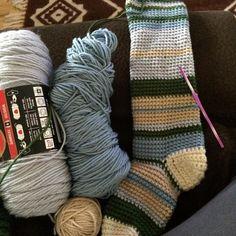 Day 5 - Writing a new pattern for a very easy crochet knee high socks  the intermediate/advanced pattern is selling like hotcakes -- diy #hoth #socks #kneehighs #etsy #etsyshop #etsyseller #webetest #TESTy #teamtest #knit #crochet #socks #dylanadesigns #ladydeeswimwear #thejoyofknitting by ladydylana