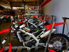 Some fine-tuning on the new Honda 2018 bikes for some of our team riders! #honda #motocross #switzerland #mxacademy #zurich #schweiz #winterthur #training #thurgau #motorsport #stgallen #dubai #frauenfeld #fun #action #husqvarna #offroad #dirtbike #bike #hondaracing #hondateam