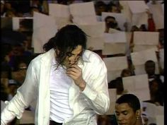 Michael.Jackson We Are The World (HD).MP4 (youtube) 1993 Pasadena Super Bowl. I'd never seen this before now. LOVE it!