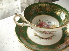 Vintage Tea Cup Sets | vintage green and gold tea cup and saucer set, Hammersley English bone ...