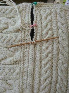 "Joining blanket square Cast on three stitches on dpn. Slip last stitch to rh needle, pick up edge stick, pass slip stitch back to left needle, knit 2tog, knit middle stitch, rot for pop edge [   ""Joining blanket square Cast on three stitches on dpn. Slip last stitch to rh needle, pick up edge stick, pass slip stitch back to left needle, knit knit middle stitch, rot for pop edge"",   ""Joining blanket squares with a i-cord (scroll down the page a bit for direction)"",   ""Joining blanket squares…"