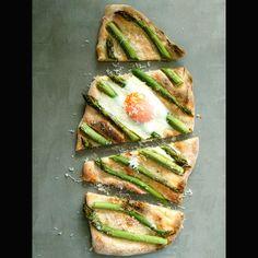 Gotuję w domu: Pizza na zakwasie Avocado Egg, Avocado Toast, Nasu, Zucchini, Pizza, Eggs, Vegetables, Breakfast, Food