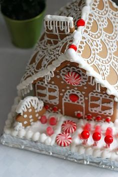 Gingerbread House Christmas Joy t Gingerbread House Gingerbread House Parties, Christmas Gingerbread House, Noel Christmas, Christmas Goodies, Gingerbread Man, Christmas Treats, Christmas Baking, All Things Christmas, Gingerbread House Designs