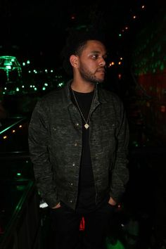 Abel is have girlfriend.Girlfriend is Bella Hadid
