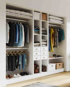 Discover recipes, home ideas, style inspiration and other ideas to try. Master Bedroom Wardrobe Designs, Wardrobe Interior Design, Wardrobe Door Designs, Bedroom Cupboard Designs, Bedroom Cupboards, Bedroom Closet Design, Closet Designs, Modern Bedroom Design, Home Decor Bedroom