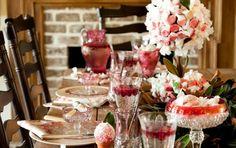Savannah Style: Taffy Table