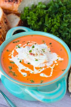 Restaurant style tomato bisque topped with crab meat might sound like an intimidating meal to make at home, but it couldn't be easier. Homemade Tomato Bisque with Crab Meat is done in 1 hour and doesn't require any special ingredients. Crab Bisque, Bisque Soup, Tomato Bisque, Bisque Recipe, Lunch Recipes, Soup Recipes, Easter Recipes, Steak Recipes, Diet Recipes