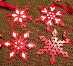 Christmas Red Snowflake Ornaments Set of 4 Perler Beads by OtakuBeads Hama Beads Design, Hama Beads Patterns, Beading Patterns, Loom Patterns, Loom Beading, Christmas Craft Fair, Noel Christmas, Xmas Crafts, Beaded Christmas Decorations