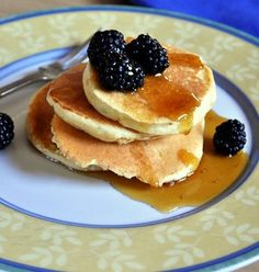Fluffy ricotta pancakes (tatiana: needs more flavor add more sugar and ...