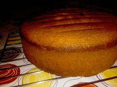 Foto del paso 9 de la receta Bizcochuelo de 8 huevos para la torta de cumpleaños de Ciro 🎂🎉 Muffin, Bread, Breakfast, Cake, Food, Birthday Sheet Cakes, Crack Cake, Pie Recipes, Afternoon Snacks