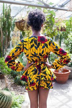 THE XOLI Shorts in Golden Hibiscus | Zuvaa