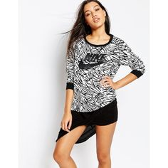 Nike Rally Boyfriend Crew Neck Sweatshirt With All Over Palm Print (110 NZD) ❤ liked on Polyvore featuring tops, hoodies, sweatshirts, blackblack, logo sweatshirts, white crew neck sweatshirt, boyfriend sweatshirt, white top and palm tree top