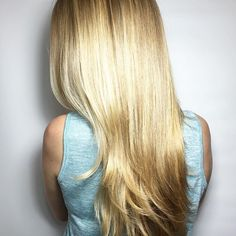 BLONDIE   . . . Color cred Jodi Kezar cut&style Sonia _hairstory . . . #d#So.jo #Monday #motivation #june #hairoftheday #hairlove #love #torontohairstylist #torontolife #fashion #beauty #blonde #balayage #smudge #natural #beautiful #upgrade #enhanced #l4l #f4f #evolveyourself @behindthechair_stylist #btconeshot_hairpaint16 #btconeshot_haircolor16 #btconeshot_color16
