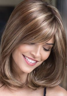 Hair Beauty - Haircuts,H-Best Medium Length Haircuts with Brown Highlights for 2019 brown Haircuts Highlights Length Medium Silver Blonde Hair, Brown Hair With Blonde Highlights, Dyed Blonde Hair, Brown Ombre Hair, Hair Highlights, Color Highlights, Bleach Blonde, Hair Dye, Front Hair Styles
