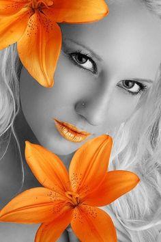 The World in Black and White Splash Photography, Black And White Photography, Art Photography, Black And White Colour, Orange Color, Eye Color, Color Pop, Color Splash Photo, Splash Images