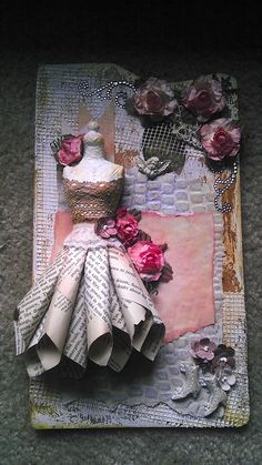 Cottage Chic altered artist's palette with dressform.