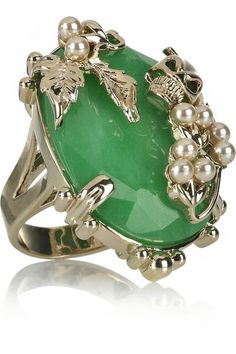jaw droppin' jade ring! ♥