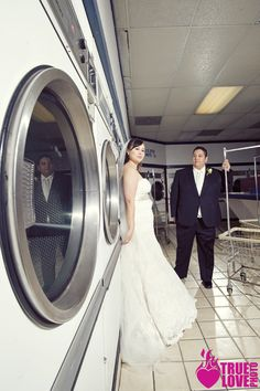edgy wedding photo. truelovephoto.com