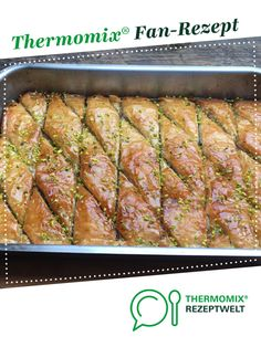 Baklava from stadon. A Thermomix ® recipe from the Sweet Baking category at www.de, the Thermomix ® Community. Baklava from stadon. A Thermomix ® recipe from the Sweet Baking category at www.de, the Thermomix ® Community. Baking Recipes, Snack Recipes, Dessert Recipes, Borscht Soup, Healthy Snacks, Healthy Recipes, Easy Recipes, Thermomix Desserts, Russian Recipes