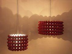 Lámpara reciclada con cartones de huevos