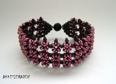 Jewelery from Akke | Jewelery design with small beads