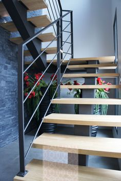 6 Well Tips AND Tricks: Industrial Rustic Exterior farmhouse industrial table. Modern Stair Railing, Stair Railing Design, Staircase Railings, Modern Staircase, Stairways, Staircase Ideas, Industrial Stairs, Industrial Farmhouse, Industrial Interiors
