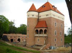 Zamek Piotra Kmity Sobieńskiego w Lesku