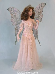 *QUEEN of the FARIES ~ Catherine Mather Dolls at the Dollery