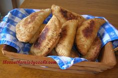 OLD TIMEY FRIED APPLE PIES | The Southern Lady Cooks