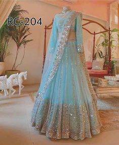 Indian Wedding Gowns, Party Wear Indian Dresses, Designer Party Wear Dresses, Party Wear Lehenga, Indian Gowns Dresses, Indian Bridal Outfits, Indian Fashion Dresses, Dress Indian Style, Dress Wedding