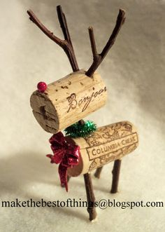 Teeny Tiny Wine Cork Reindeer Tutorial