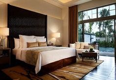Sanya Luxury Resort & Spa Villa Bedroom