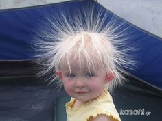 Static Hair Kid - Cute Kids Pictures on We Heart It Beautiful Children, Beautiful Babies, Funny Videos, Funny Babies, Cute Babies, Funny Boy, Funny Happy, Justin Bieber Jokes, Static Hair