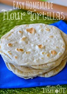 Easy Homemade Flour Tortillas - Making your own tortillas is easier than you thi.--Easy Homemade Flour Tortillas – Making your own tortillas is easier than you think! Try this easy recipe for flour tortillas at your next Mexican fiesta! Recipes With Flour Tortillas, How To Make Tortillas, Homemade Flour Tortillas, Making Tortillas, Gourmet Recipes, Mexican Food Recipes, Cooking Recipes, Mexican Desserts, Freezer Recipes