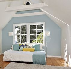 Visual Jill Interior Design: Spring 2013 fashion colors work in the home too! Benjamin Moore Bedroom, Benjamin Moore Blue, Master Suite Bedroom, Blue Bedroom, Paint Colors For Home, House Colors, Paint Colours, Blue Accent Walls, Boy Room