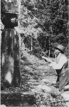 A Norwegian Kven sacrificing to the Finnish/Karelian god of the forest, Tapio. Kvens are descendant of finns that moved to Norway during the 1500s and 1600s. These Finns came primarily from Savo region and they kept their beliefs and culture largely intact to the modern day.
