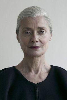 얼굴 사진 Coffin Nails pink n white coffin nails Beautiful Old Woman, Beautiful People, Face Reference, Ageless Beauty, Going Gray, Aging Gracefully, Interesting Faces, Grey Hair, Black Hair