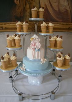 Seaside theme wedding cake, with ice-cream cup cakes.