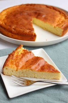 nu - A healthy coconut cake, based on a cheesecake recipe. It has a nice bite bec - Healthy Pastry Recipe, Pastry Recipes, Food Cakes, Healthy Sweets, Healthy Baking, Good Food, Yummy Food, Christmas Baking, Cheesecake Recipes