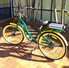 Green & Yellow Pedego for all the Packers fans!