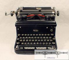 alte Schreibmaschine Typewriter Royal New York von oldfamiliar1,