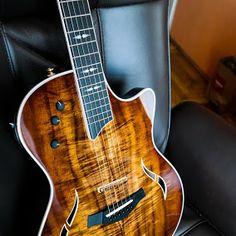 Sexy guitars and related gear Guitar Pics, Music Guitar, Playing Guitar, Taylor Guitars, Smooth Jazz, Beautiful Guitars, Acoustic Guitars, Hillbilly, Mandolin