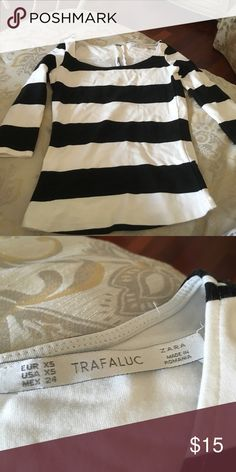 Zara striped top Black and white Zara striped top with 3 quarter sleeves. Perfect for summer ! Zara Tops